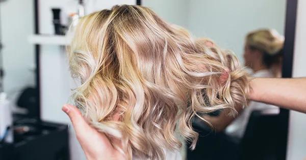 Blond toning shampoo